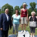 zwyciężczynie spartakiady seniorów na podium