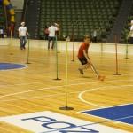 Świątecznie i sportowo (1) Dzieci rywalizują