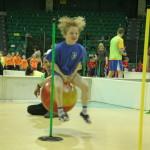Sportowy zajączek (2) Zawody z udziałem dzieci