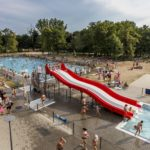Pływalnia letnia w Parku Kasprowicza (fot. Adam Ciereszko)