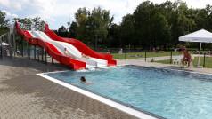 Zjeżdżalnia na basenie w Parku Kasprowicza