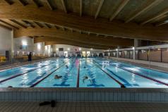Wnętrze pływalni
