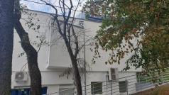 Ściana szczytowa budynku Oddziału Rataje