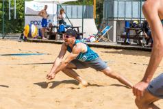 Chwiałka Volley (2) Rataje - siatkarz odbija piłkę (fot. P. Rychter)