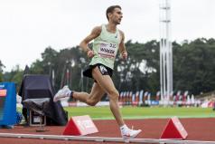 Zwycięzca biegu na 5000m