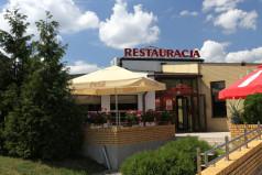 Restauracja Rycerska z zewnątrz (fot. A. Ciereszko)