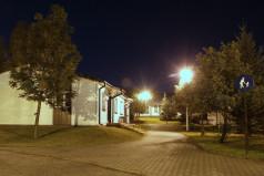 Domki nocą (fot. A. Ciereszko)