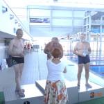 serniorzy na pływalni, pdium