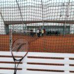 Ferie z POSiR (3) Ławka rakieta i kort tenisowy