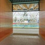 Pływalnia kryta Rataje (6) Basen sportowy - widok z korytarza